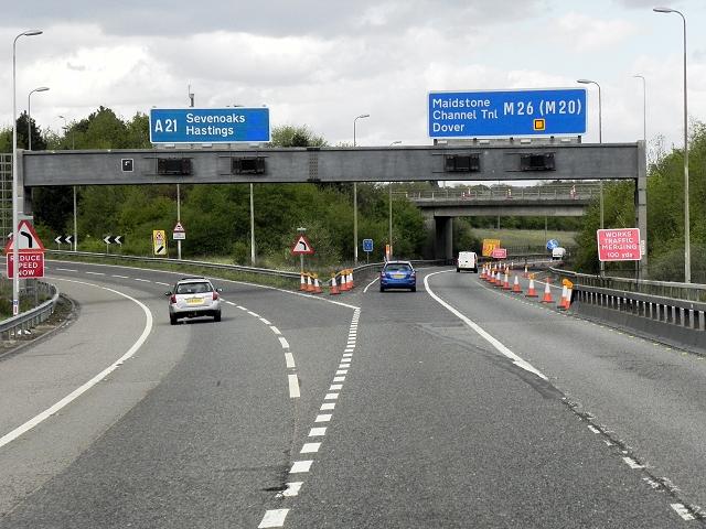 M26 exit Towards A21