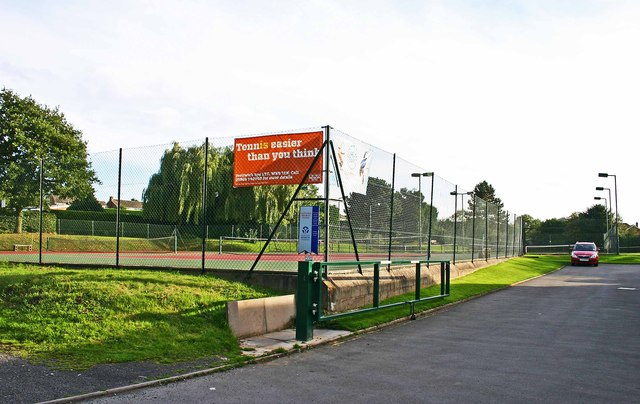 Droitwich Spa Lawn Tennis Club, St. Peter's Church Lane, Droitwich Spa, Worcs