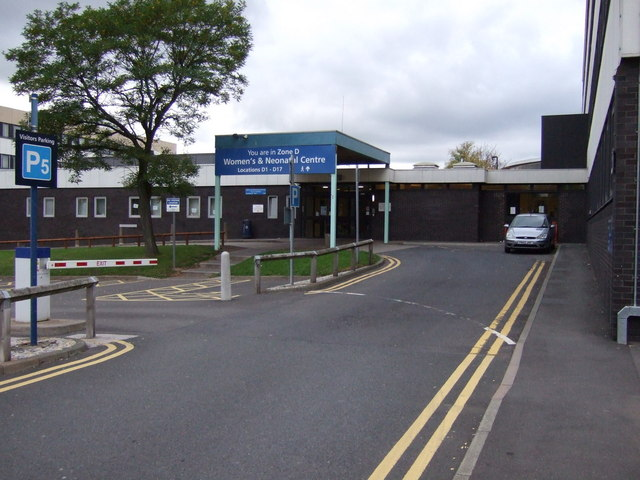 Access road, New Cross Hospital