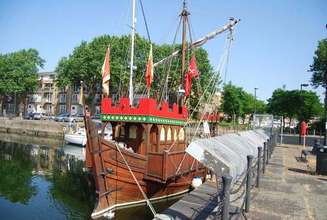 Arka, South Dock