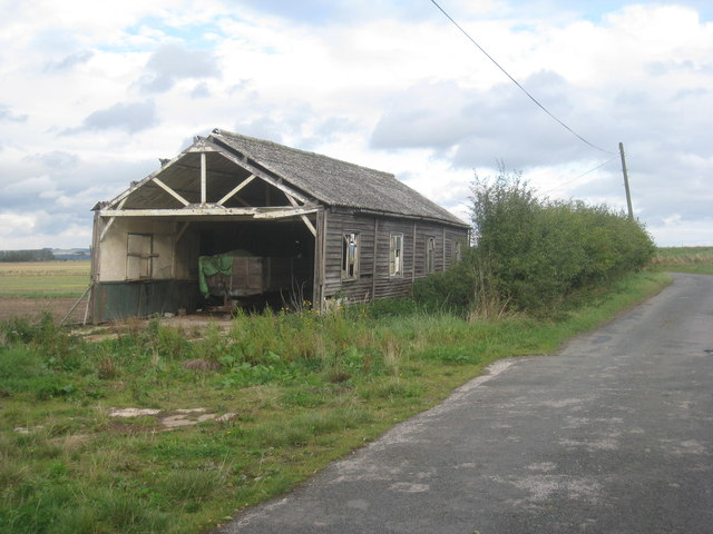 Dilapidated shed at Riverside Farm