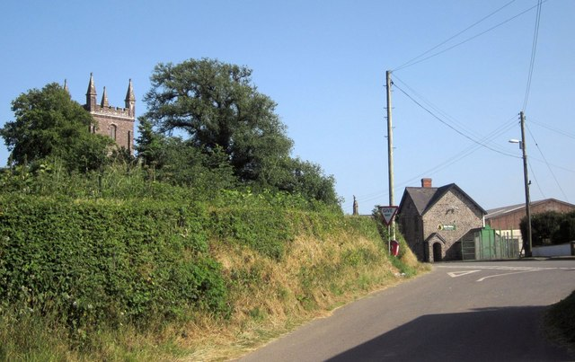 Approaching Witheridge