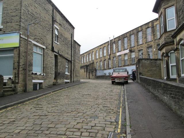 Brasset Street - Savile Park Road