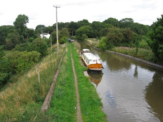 Lostock Gralam - Trent & Mersey Canal north of A559 Bridge