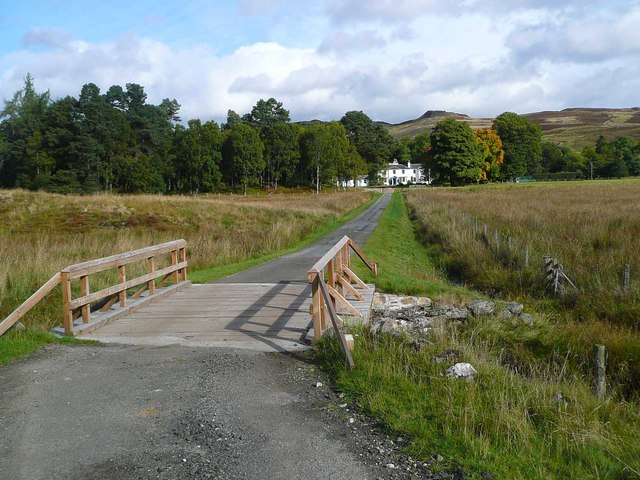 The approach to Riemore Lodge