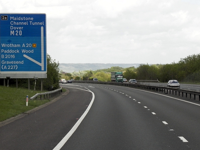 Eastbound M26, Exit at Junction 2A