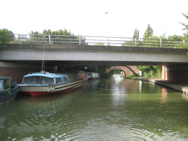 Grand Union Canal: Bridge Number 99A