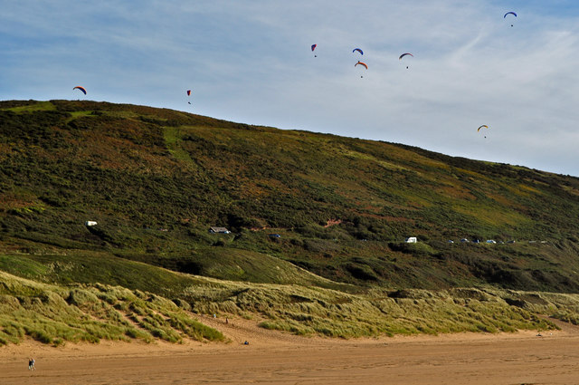 Hang Gliders over Woolacombe Down
