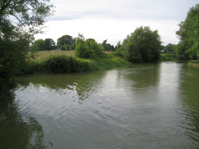 Grand Union Canal: Southlands Farm Winding Hole