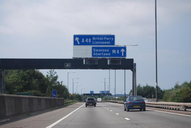 M4, Junction 41