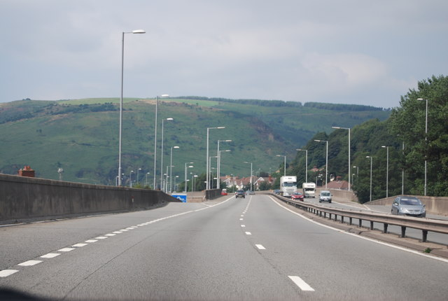 M4, Junction 40