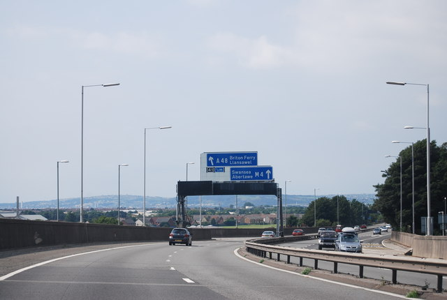 M4 approaching Junction 41