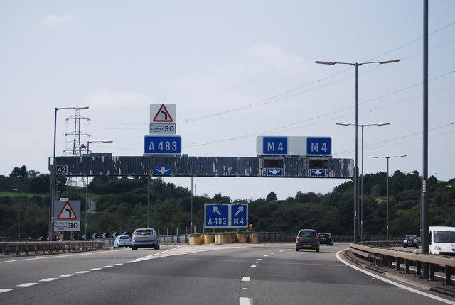 M4, Junction 42