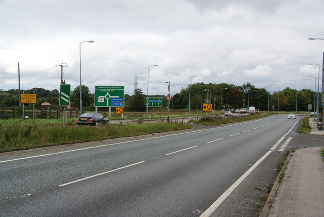 Approaching the Bowdon Roundabout