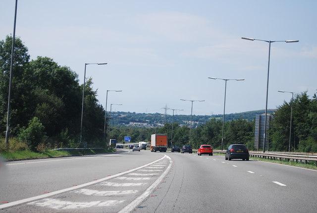M4, Junction 44