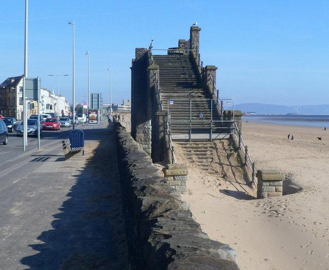 Beachside remains of Slip Bridge, Swansea