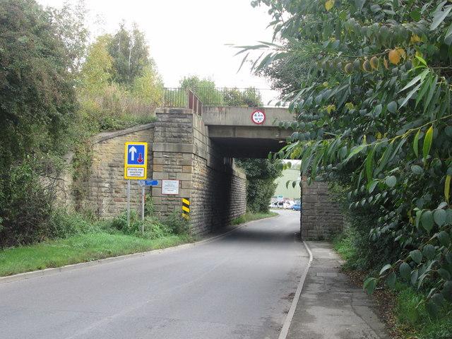 Shaw Lane railway bridge
