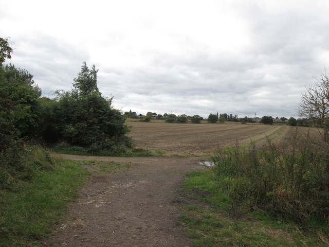 Junction of paths between Cudworth and Grimethorpe