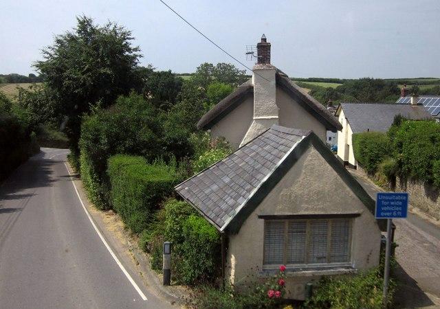 Cottage, Meshaw