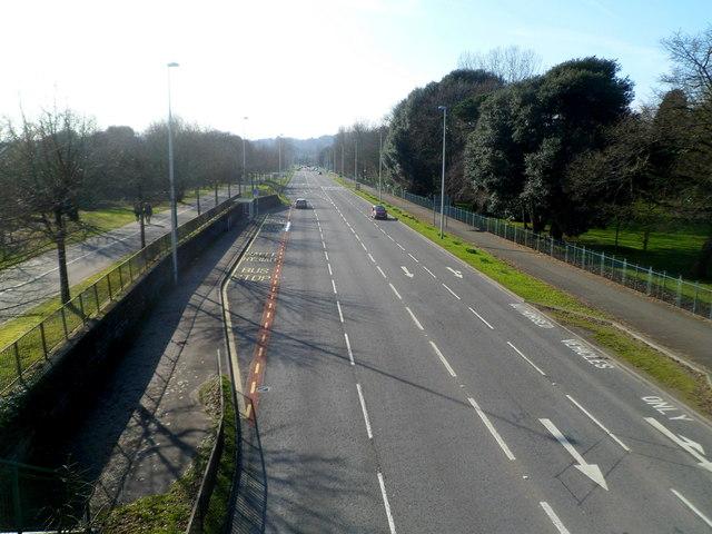 Mumbles Road WSW of a footbridge, Swansea