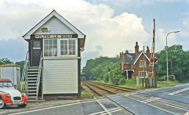 Holton-le-Moor: station remains and signalbox, 1997