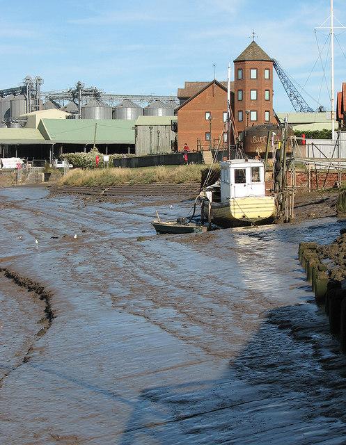 King's Lynn: mud at low tide