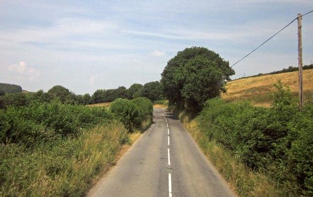 B3137 approaching Alswear