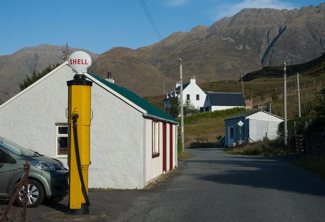 Former petrol station Carn-gorm