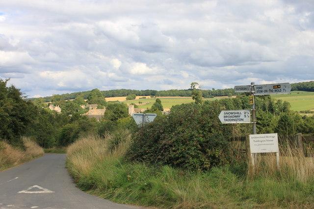 Road junction near Cutsdean