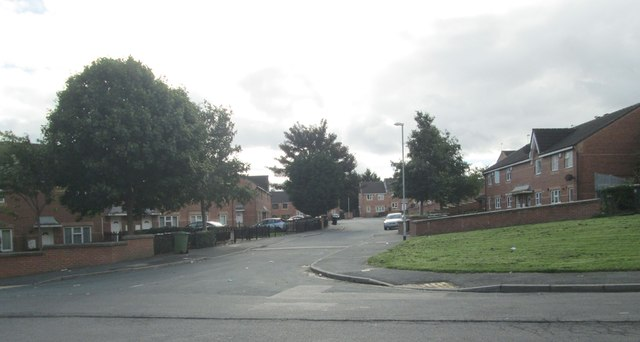 Simmons Way - St Wilfrid's Crescent
