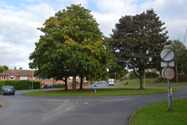 Roundabout at the top of Bowling Green Lane