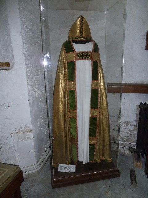 St Andrew, Trent: Fisher's robes