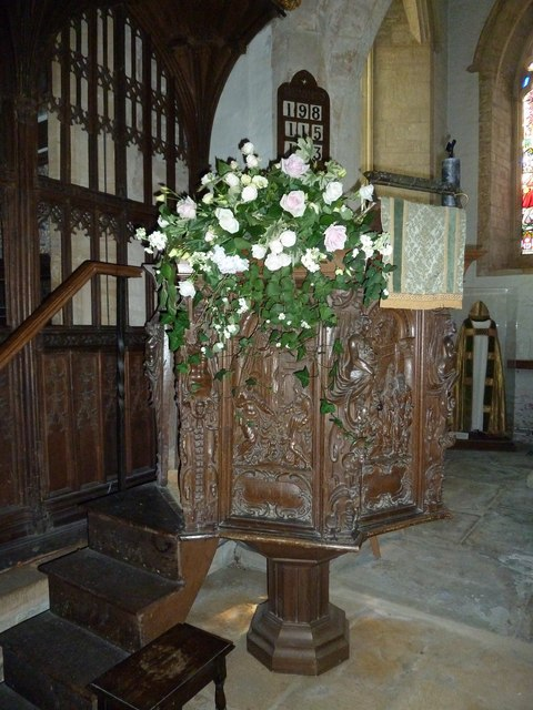 St Andrew, Trent: pulpit