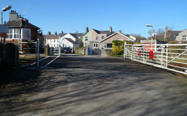 Level crossing gates, Llanfairpwll