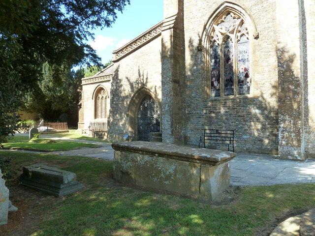 St Andrew, Trent: churchyard (v)