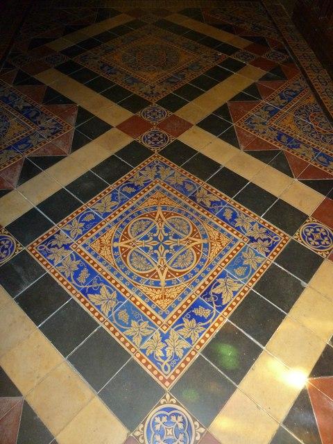 St Andrew, Trent: tiles (B)