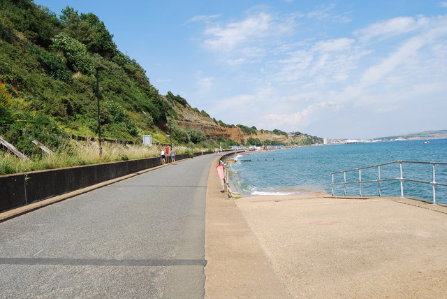 Walking from Shanklin to Sandown (5)