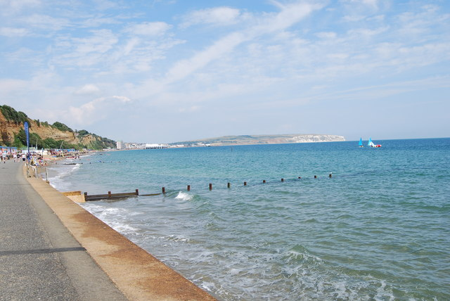 Walking from Shanklin to Sandown (7)
