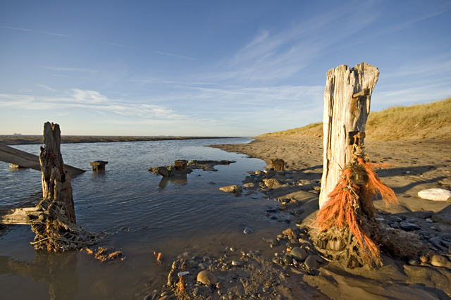 Pools and posts, Spurn