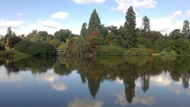 Upper Womans Way Pond, Sheffield Park Gardens