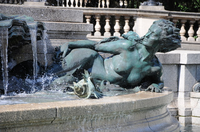 Sculpture in fountain in front of the Victoria Rooms
