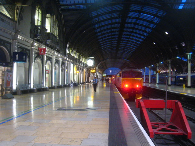 Platform 1 at Paddington  at 7.00am