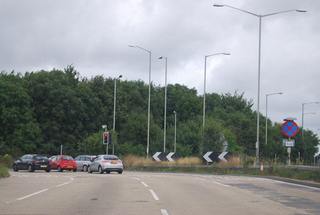 A404, Handy Cross Roundabout
