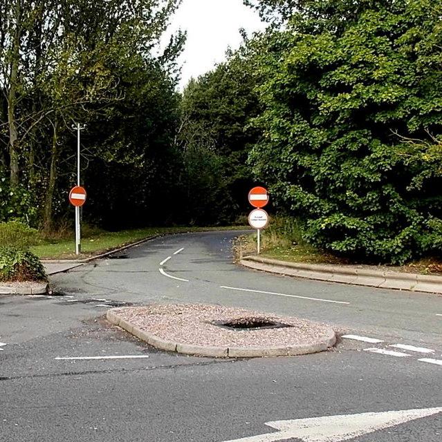 Road to Hilton Lane from Hilton Park services (northbound), Essington