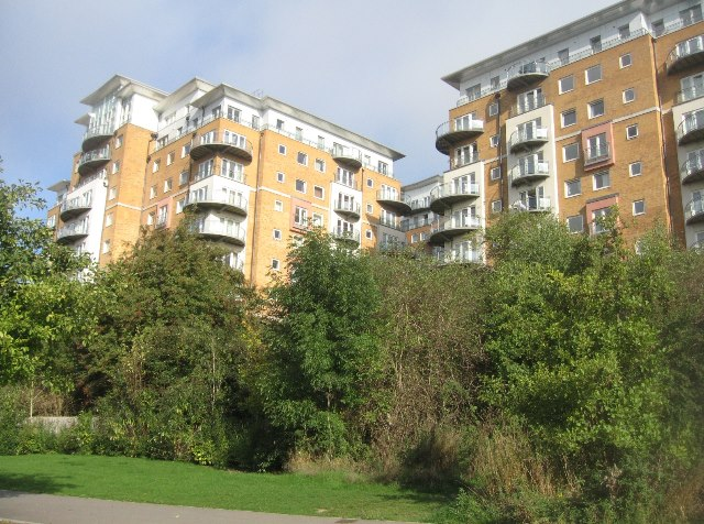 Large blocks, small homes