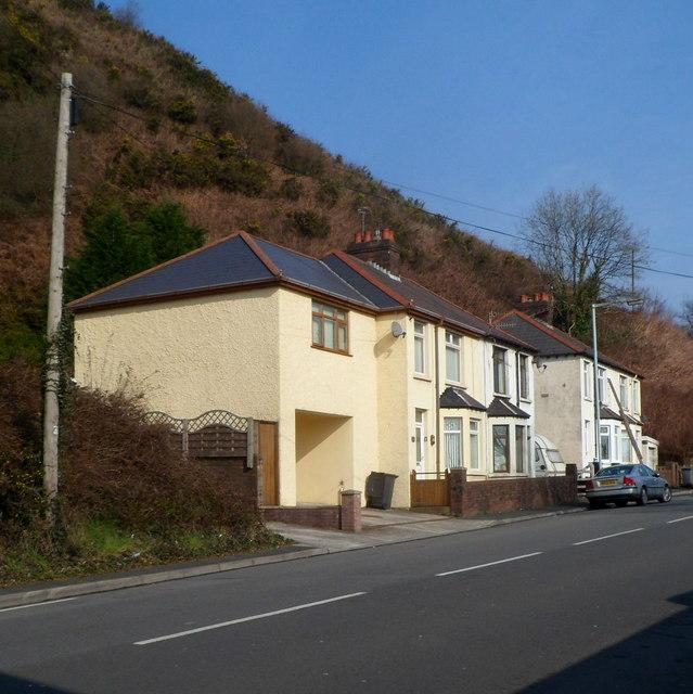 Cwmavon Road houses, Port Talbot