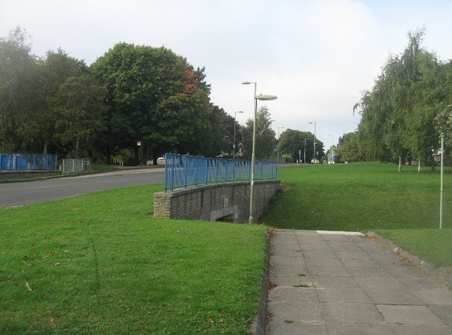 Path under Winklebury Way