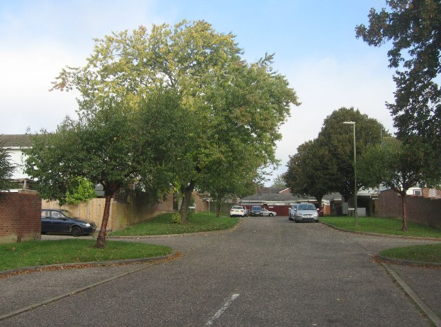 Looking into Dover Close