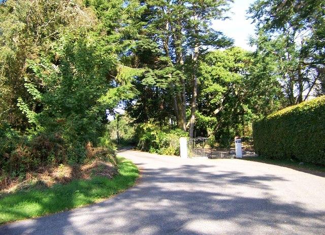 Road to Achnacreebeag