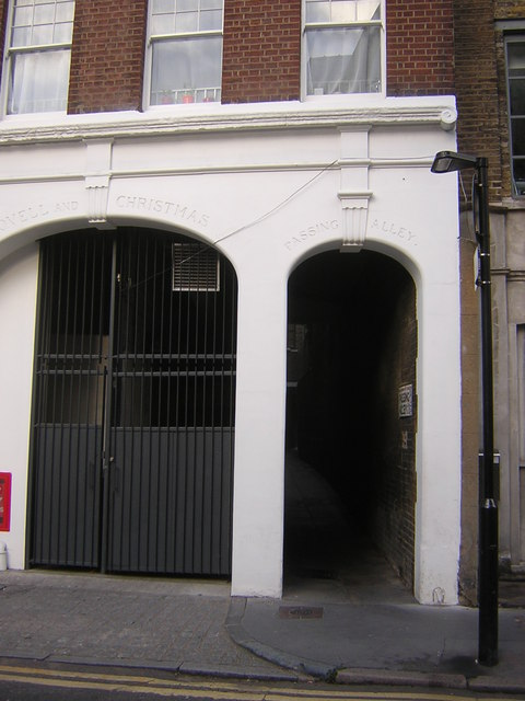 Passing Alley, off St John's Lane, EC1